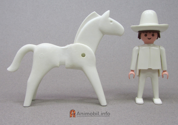 Horse Vers 1 Color White